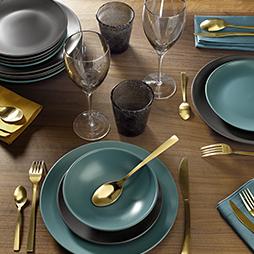 Mesa e refeição
